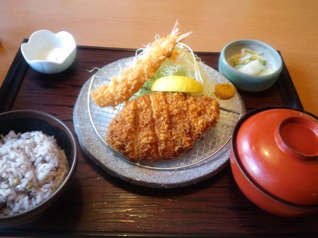 昼飯〜チキンかつランチ