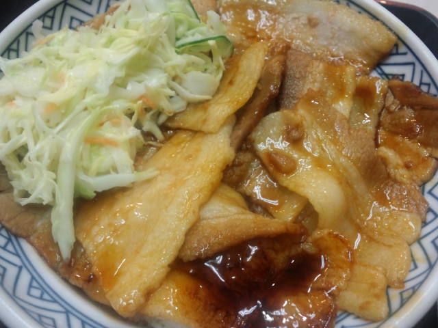 夕飯。豚丼大盛にゅっと