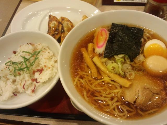昼〜ラーメンセット