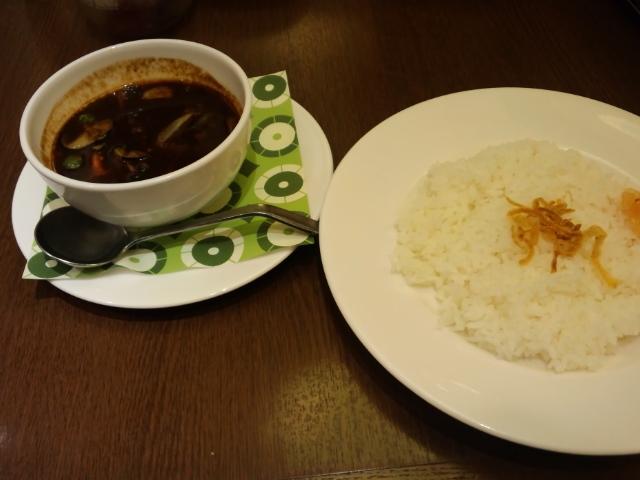 夕食。ロイホのカシミールビーフカレー