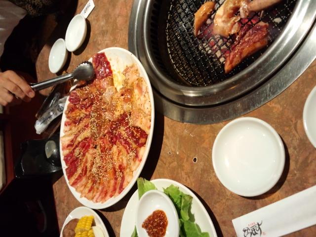 なぜか横須賀のびっぐぼすで焼き肉にゅっと(^^;)